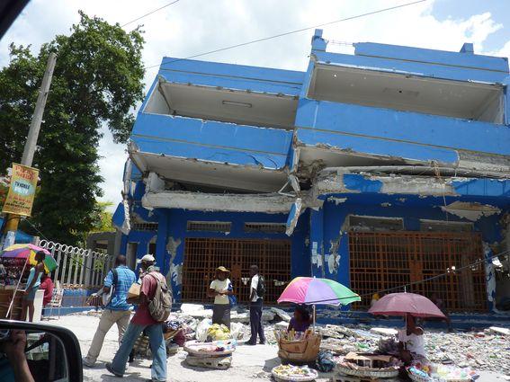 Malfaçons ou absence de normes ? Port au Prince (Boyer, 2010)