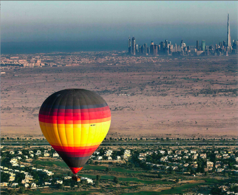 Le développement immobilier dans le sud de l'Emirat de Dubaï (Ziaian, 2012)