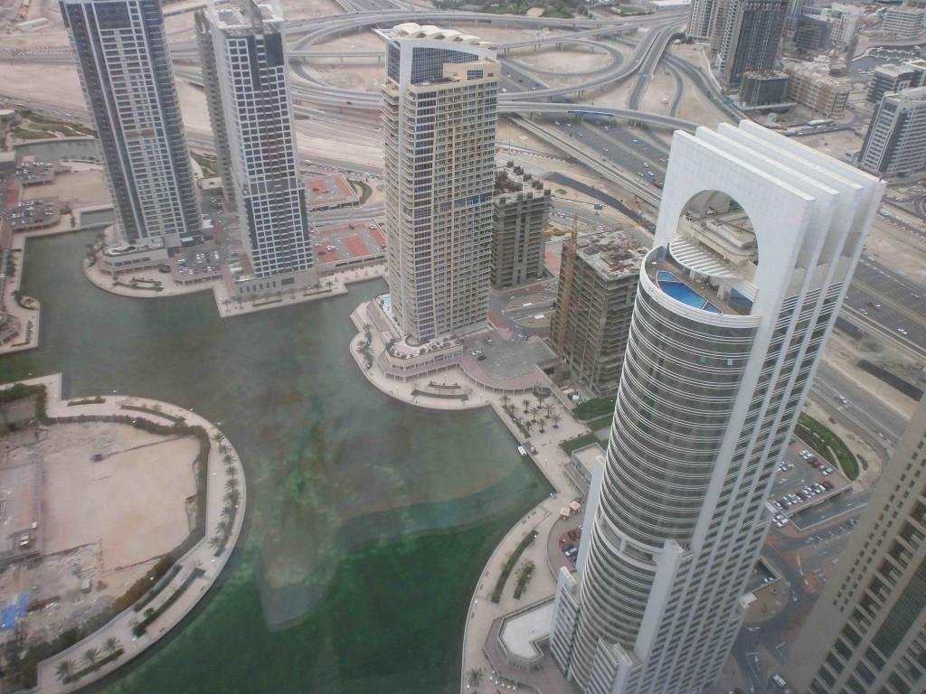 La zone franche de Jumeirah Lake Tower (C.Montagne, 18 mai 2013)