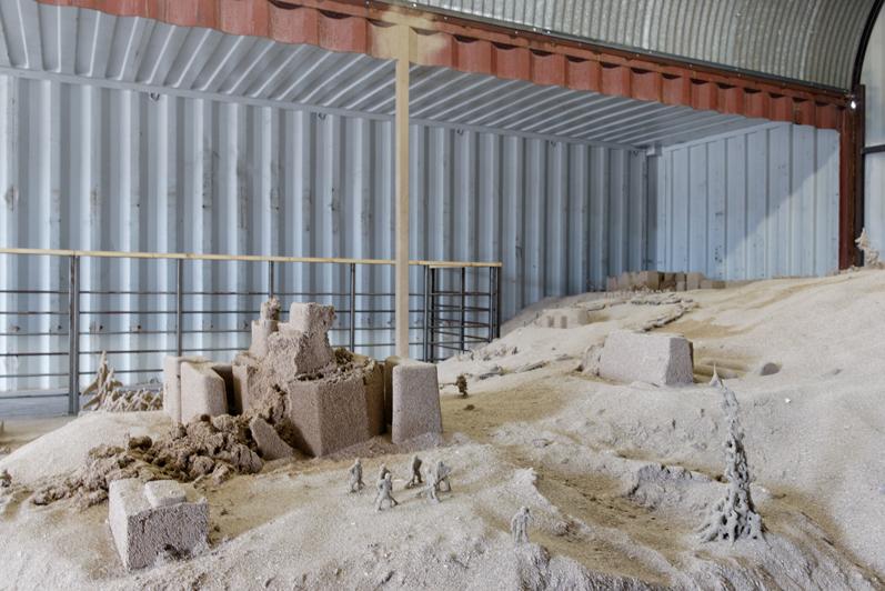 Figure 11 – Jonathan Loppin, Sand Memorial, 2013 (ésam Caen/Cherbourg, Aurélien Mole, 2013)