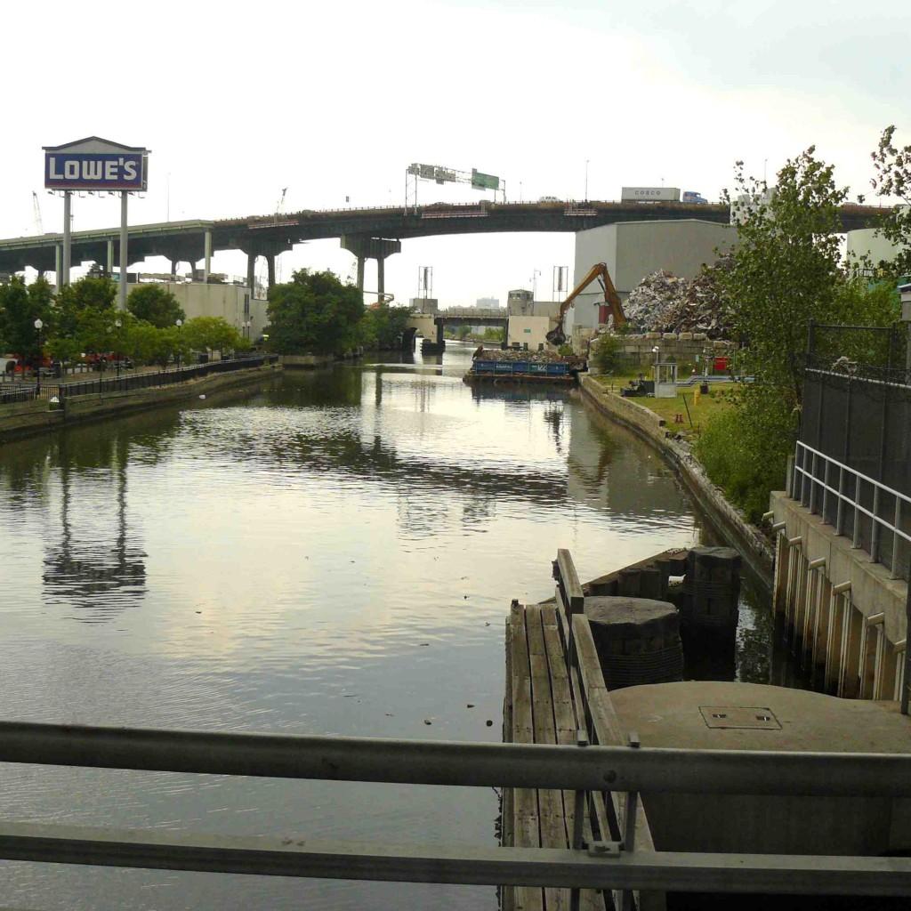 Le canal Gowanus, objet d'une future reconquête urbaine ? (Gras, 2011)