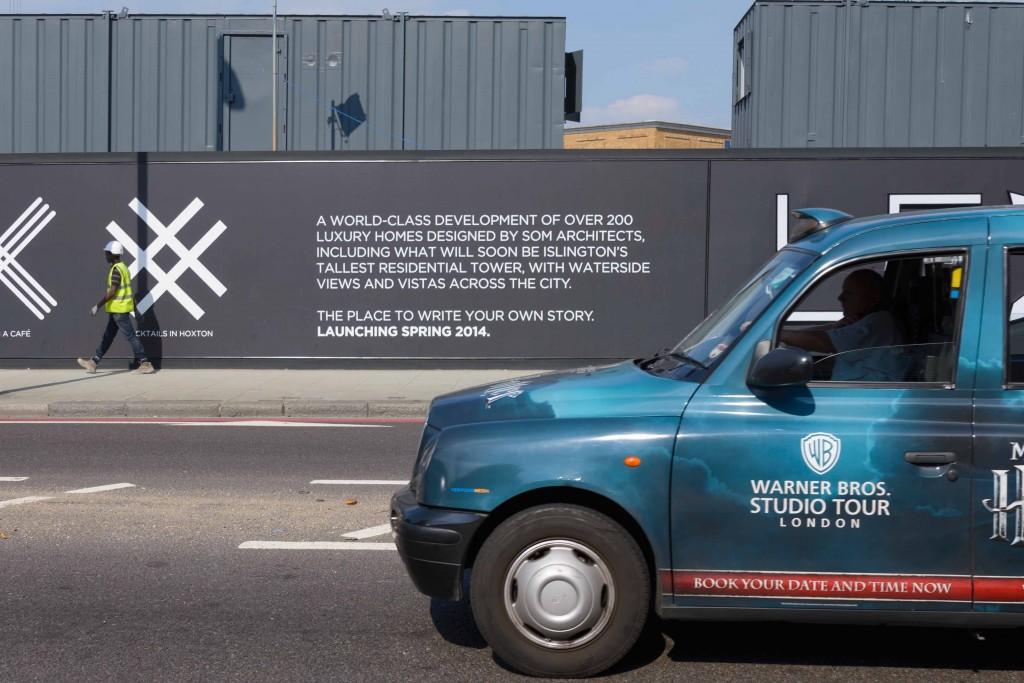 Slogan de la promotion immobilière, tour Canaletto, City Road Basin (Appert, 2013)