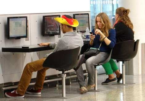 Des passagers assignables à des positions territoriales stables? Zone hors Schengen 1Z de l'aéroport de Francfort. Source: J.-B. Frétigny 2011