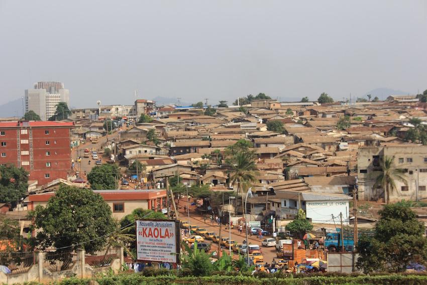 Yaoundé, Quartiers populaires (Thomas Chatelet, 2013)