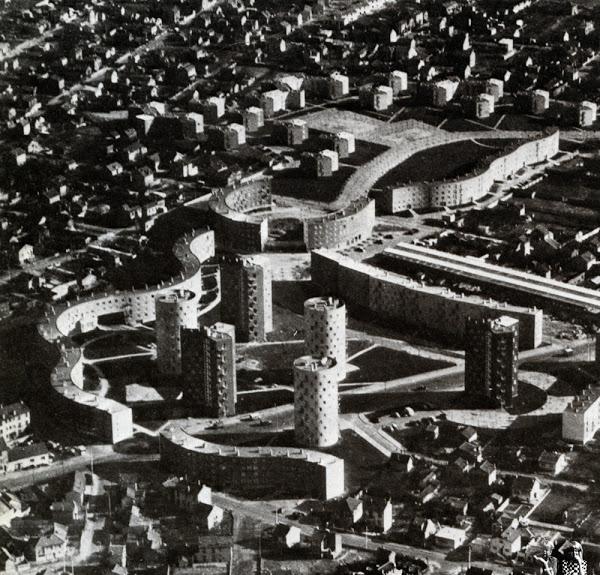 2. L'Abreuvoir (Archives municipales de Pantin, n.d.)