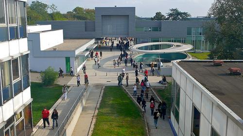 Le site de Bron de l'Université Lyon 2 (Université Lyon 2, 2015)