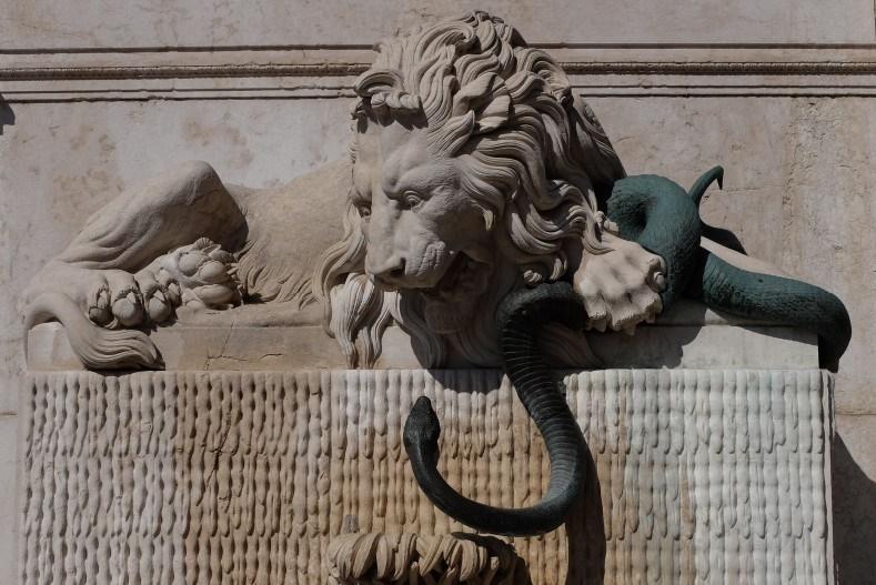 4.La fontaine du Lion à Grenoble, en rive droite de l'Isère (Le Lay Y.-F., 2014)
