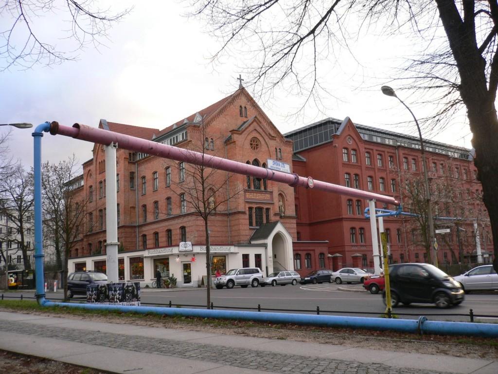 2.Berlin et ses tuyaux apparents : vers le fétiche urbain esthétisé ? (Florentin, 2009)