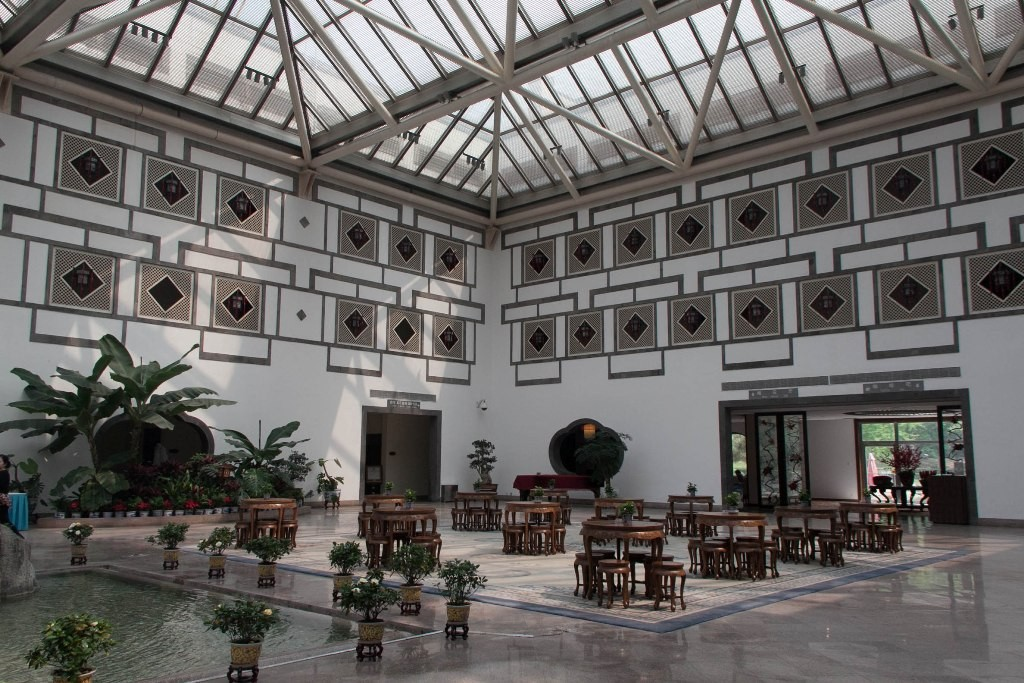 Hôtel de la Montagne parfumée, I.M.Pei, 1978-1982, Pékin (Wei Xiaoli, 2011)