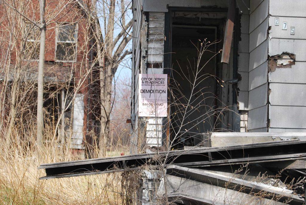 2. Maison listée pour démolition par la ville (Briche, 2015)