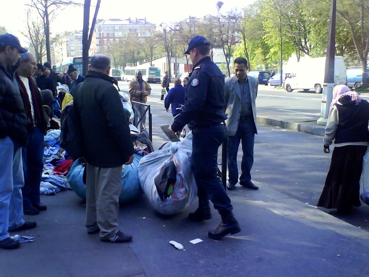 3. Saisie de marchandise, Porte Montmartre (Milliot 2009)