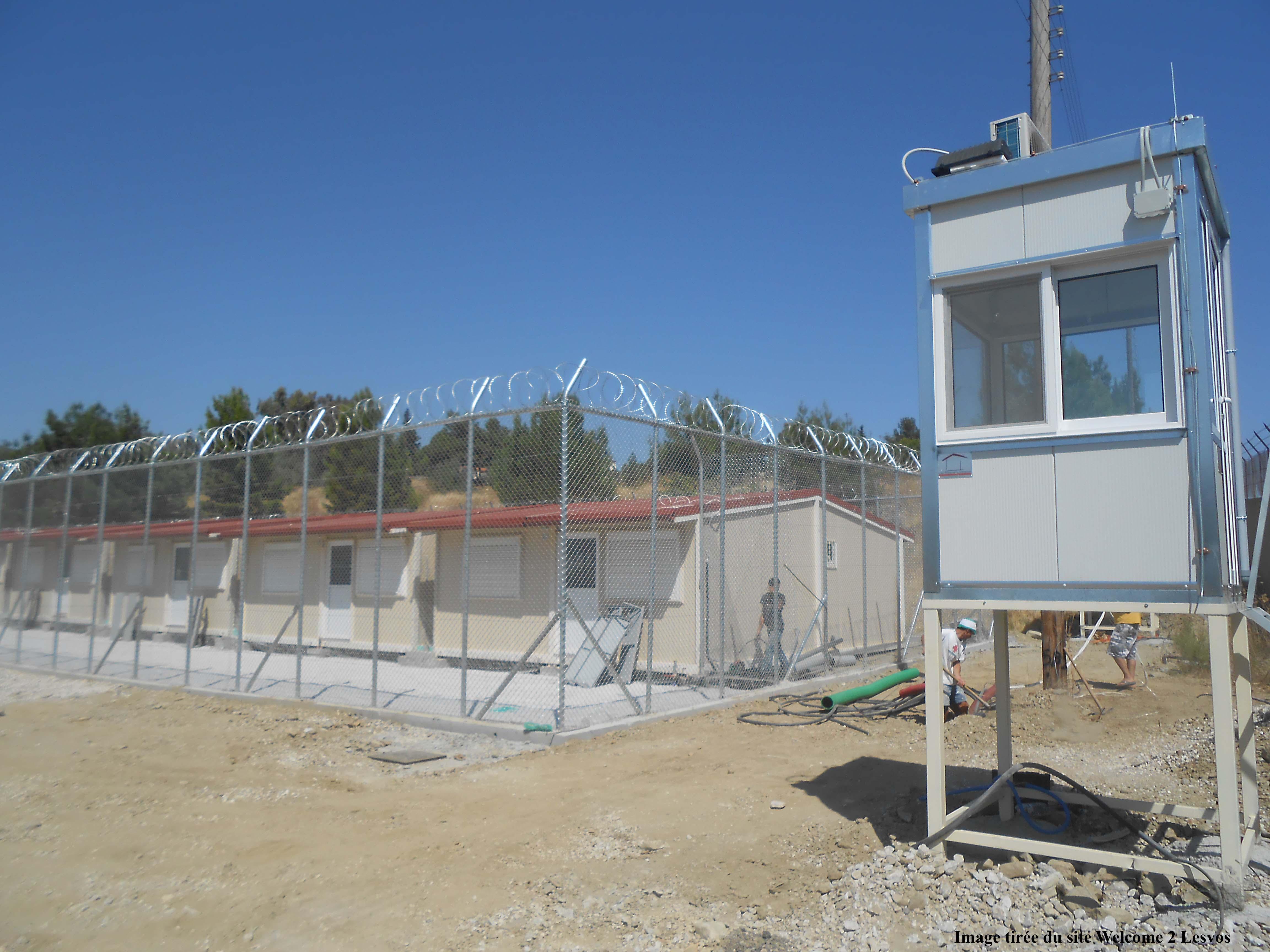 5. Le «centre de premier accueil» de Moria à Lesbos en septembre 2013, peu avant son ouverture (image tirée du site Welcome2Lesvos, droits réservés)