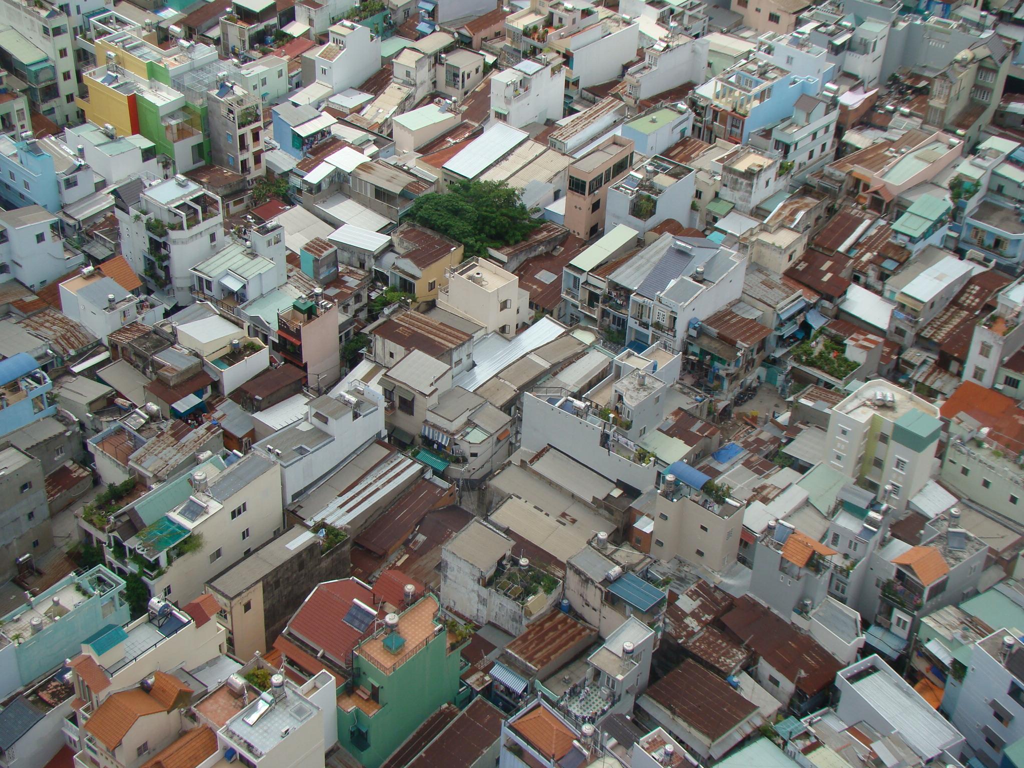 Les ruelles de Ho Chí Minh Ville, envers métropolitain