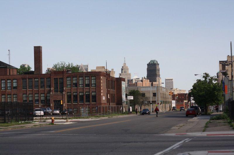 #4 Cass Avenue / Peterboro Street